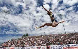 jackie-joyner-kersee-jumping-rtr12e5g_13925_600x450