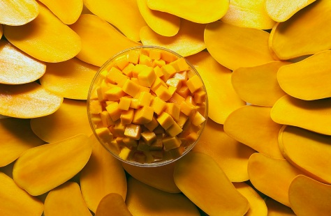Cut_and_Cubed_Mangos (1348x884)