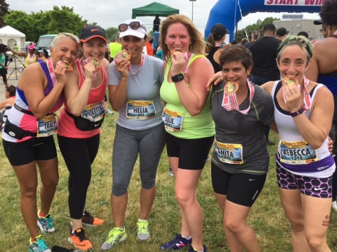 From right to left: Rebecca, Anita, Julie, Helia, Violetta, Tracy. Bite that medal!