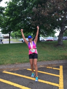 Tracy, already about to explode with excitement, sets a personal record for the half marathon distance!