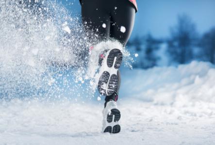 winter-running-kick