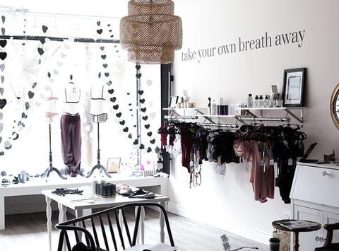 store_interior_large