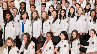 Caroline Park in a medical school photo, second row, fifth from left.