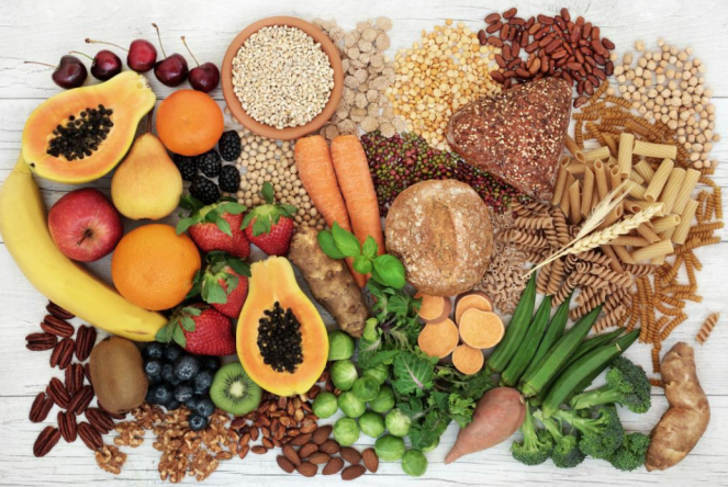 All kinds of fruits of vegetables and grains, which contain dietary fiber.